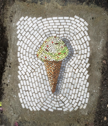 bachor-pothole-street-art-installation-project-designboom-011