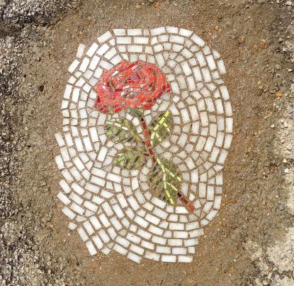 bachor-pothole-street-art-installation-project-designboom-04